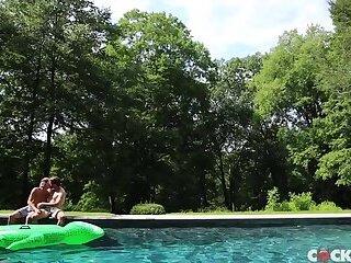 Colby Keller & Justin Matthews - Summer Lovin'