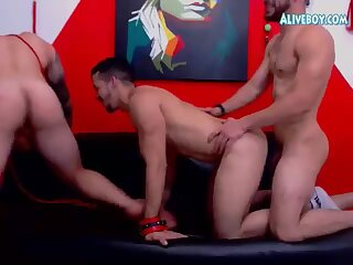 hot threesome dudes have fun on webcam