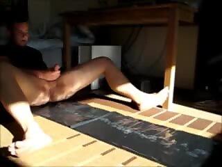 Amateur Lad watching porn amazing cum shot