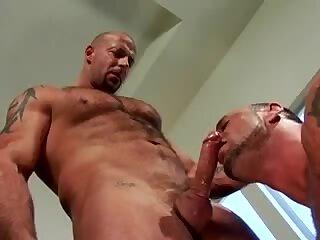 muscle mature fuck