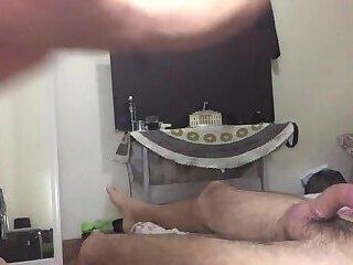 Ronny Aislan - chuva de porra na cara da rola do pirocudo