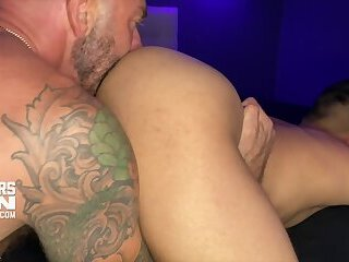 DREW SEBASTIAN'S HUGE PIERCED COCK BB BREEDS YOUNG SMOOTH POWER BOTTOM