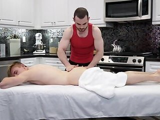 RB2834 Abele Place returns to give Jake Davis a bareback happy ending