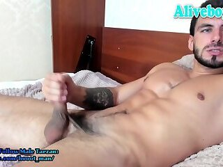 european guy jerking and cumming on webcam