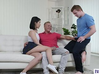 Stepsister Lady Dee Having Sex With Bisexual Boys