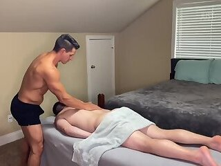 Massage Turns To Breeding & Creampie