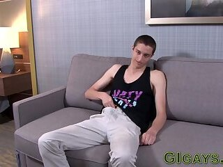 Newbie soldier tugs his dick