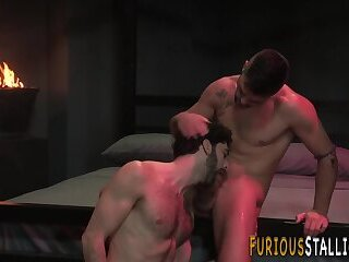 Stocky stud gets rimmed and rides