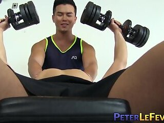 Muscle gaysians suck each other off before hard gym pounding