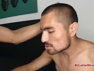 Hung young latin barebacks his mate properly and deep