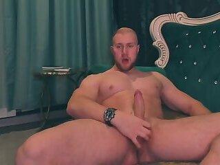 Russian muscle jerk off & Cum