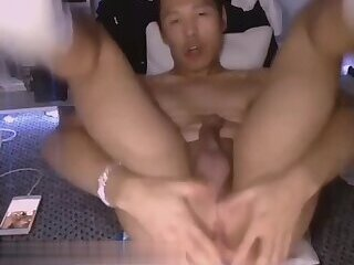 Asian fag shows ass and feet on cam
