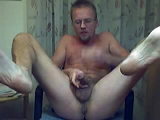 HARRI LEHTINEN LOVES TO SUCK HIS COCK AND BANG HIS HOT MANPUSSY!