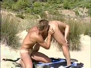 Skin Divers Fucking On The Beach
