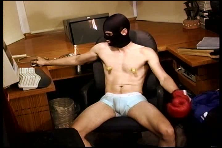 Cbt Athletic Dude In Underwear Bashes His Own Balls