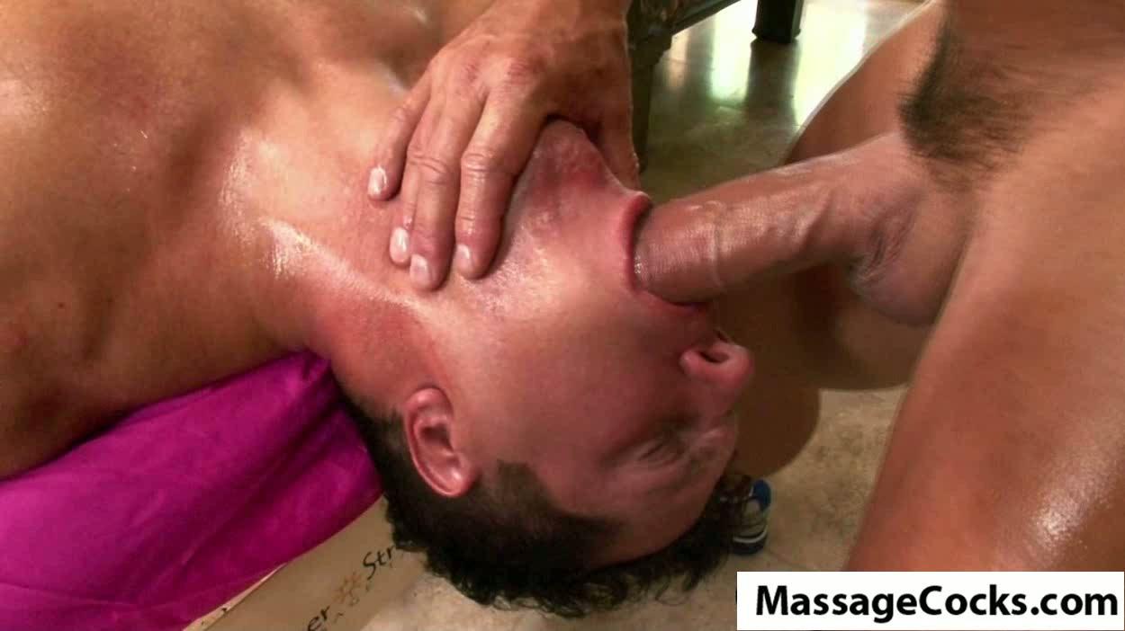 Oily Buck Naked Blowjobp3