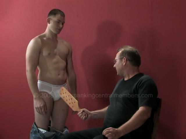 Mature Muscular Daddies