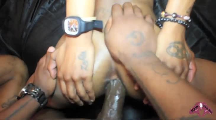 Thugs in tats group banging