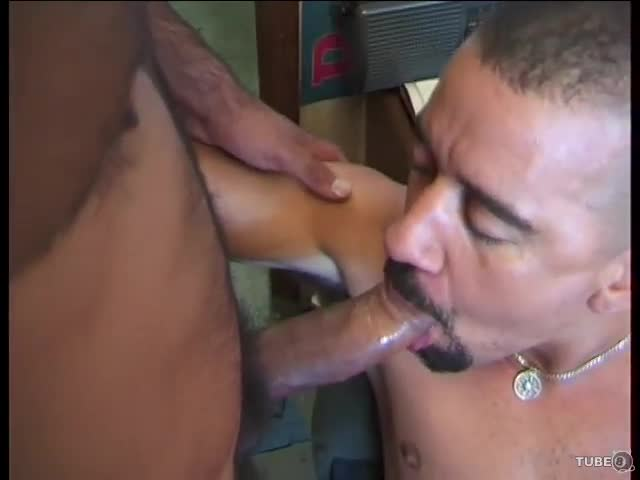 Randy Interracial Guys In Tats Fucking