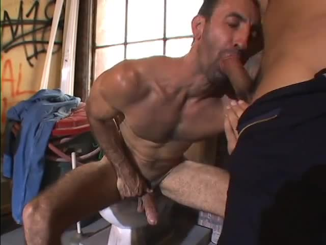 Sexy studs fuck and suck each other