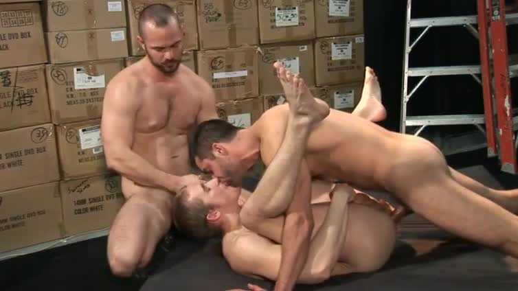 Beefy trio ass pounding