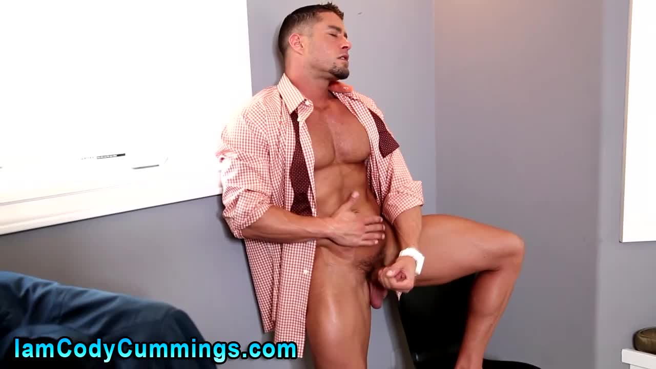 Lustful homo chap bonks his boyfriend in the booty