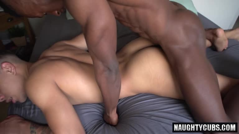 Latin homosexual oral sex with cumshot