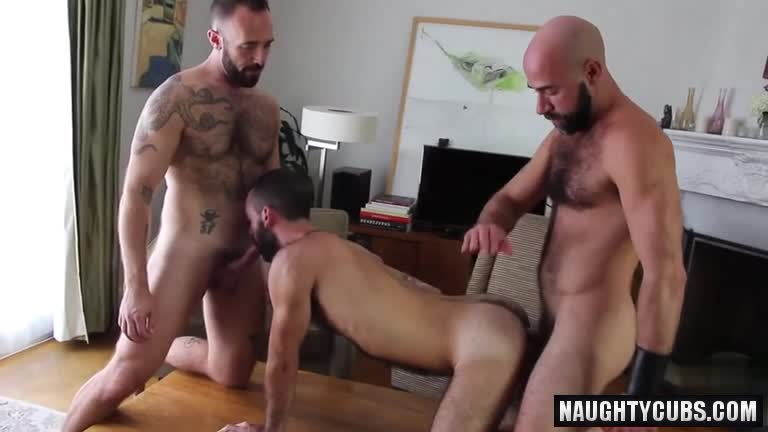 Gays trio with oral and anal sex