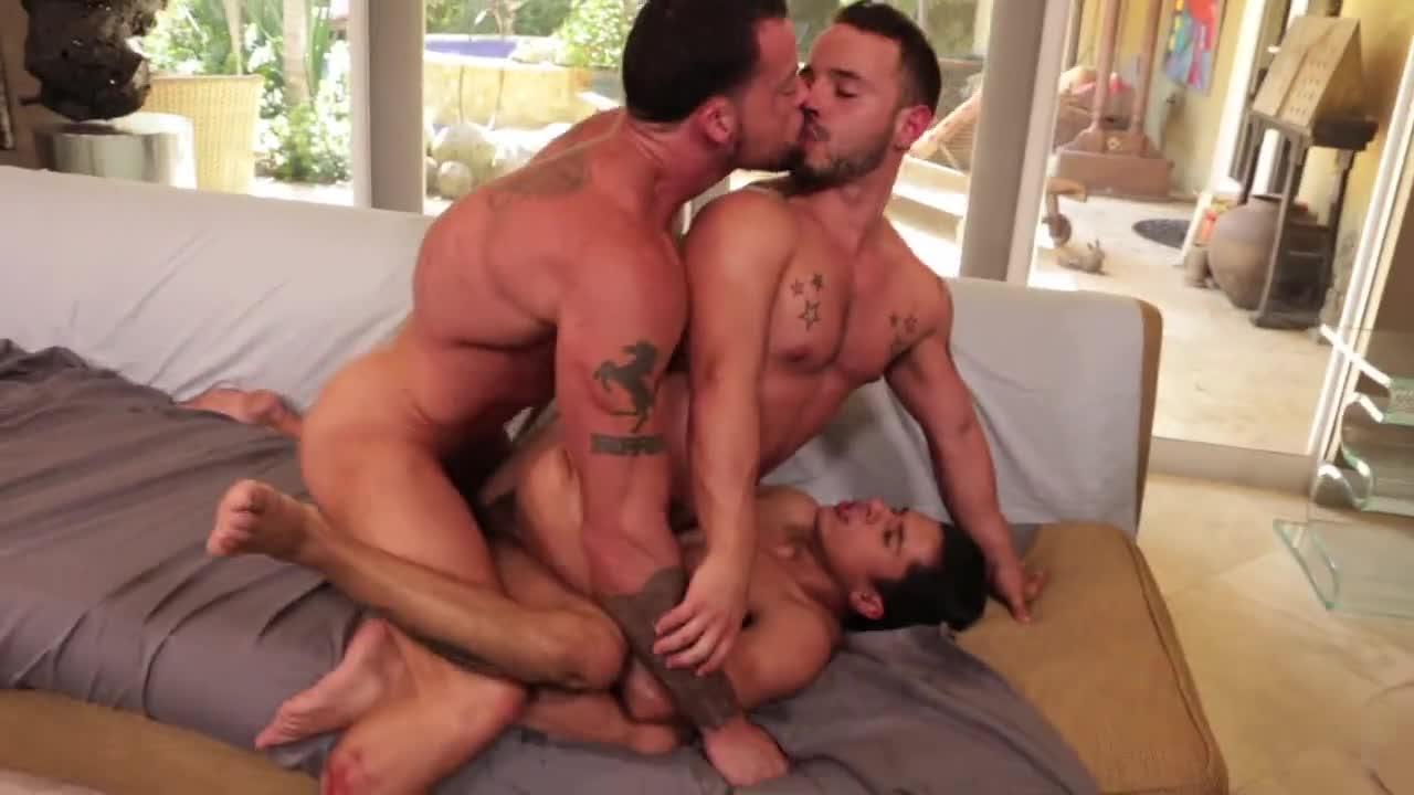 Armond Rizzo And The Doctor Free Gay Porn Videos sean duran bonks rafael lords & armond rizzo - boyfriendtv