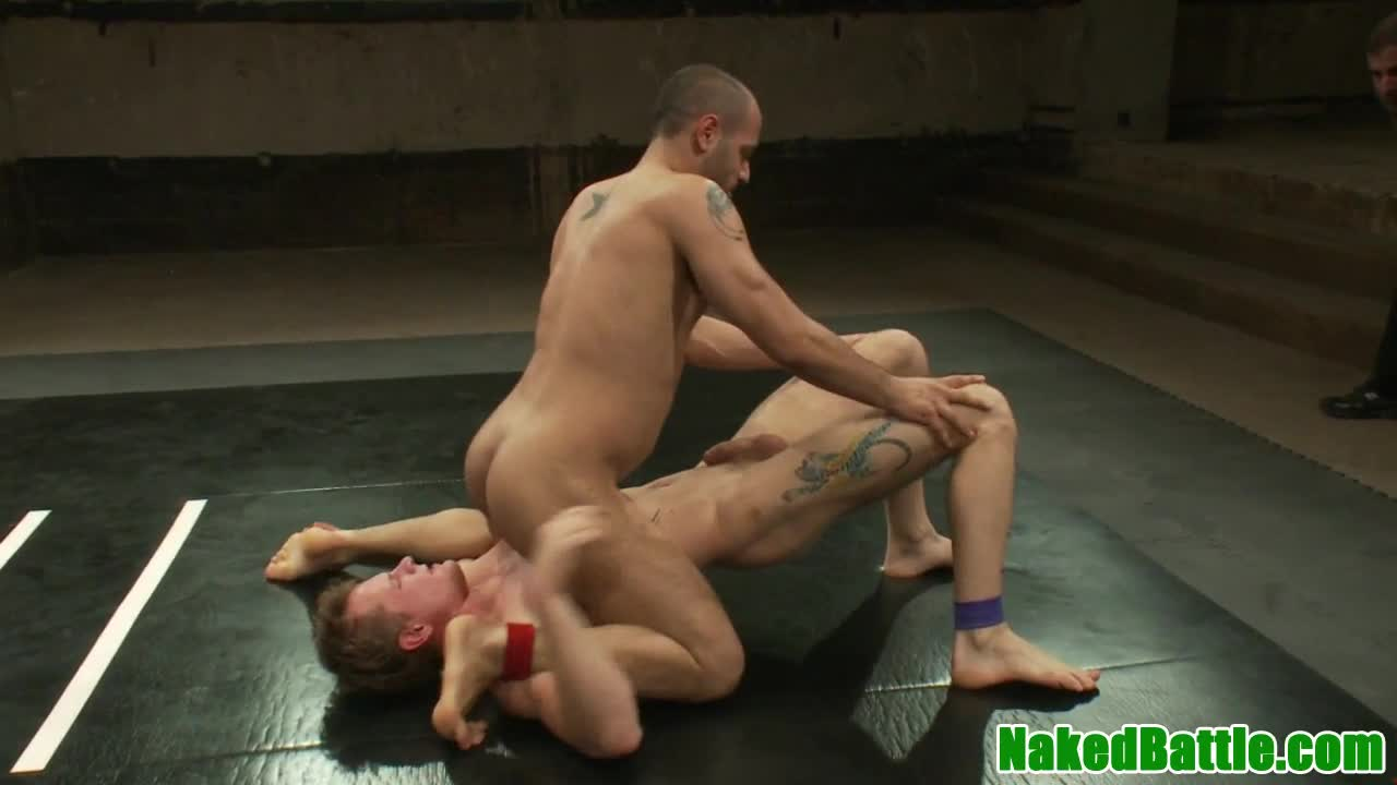 Wrestling Hunk Masturbates And Spills Cum