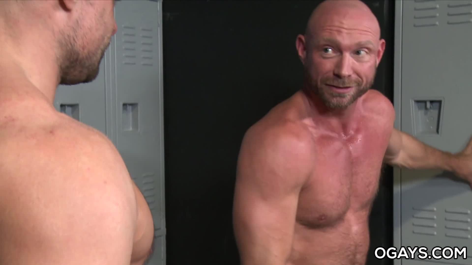 Older Gay Men Jaxx Thanatos and Killian Knox
